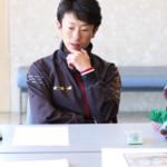 石神騎手独占インタビュー!オジュウチョウサンmini色紙への思い。